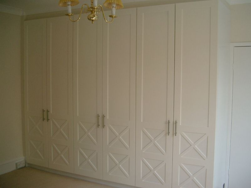 Impressive Guest Bedroom Cupboard. (32186 bytes) 801 x 599 · 31 kB · jpeg